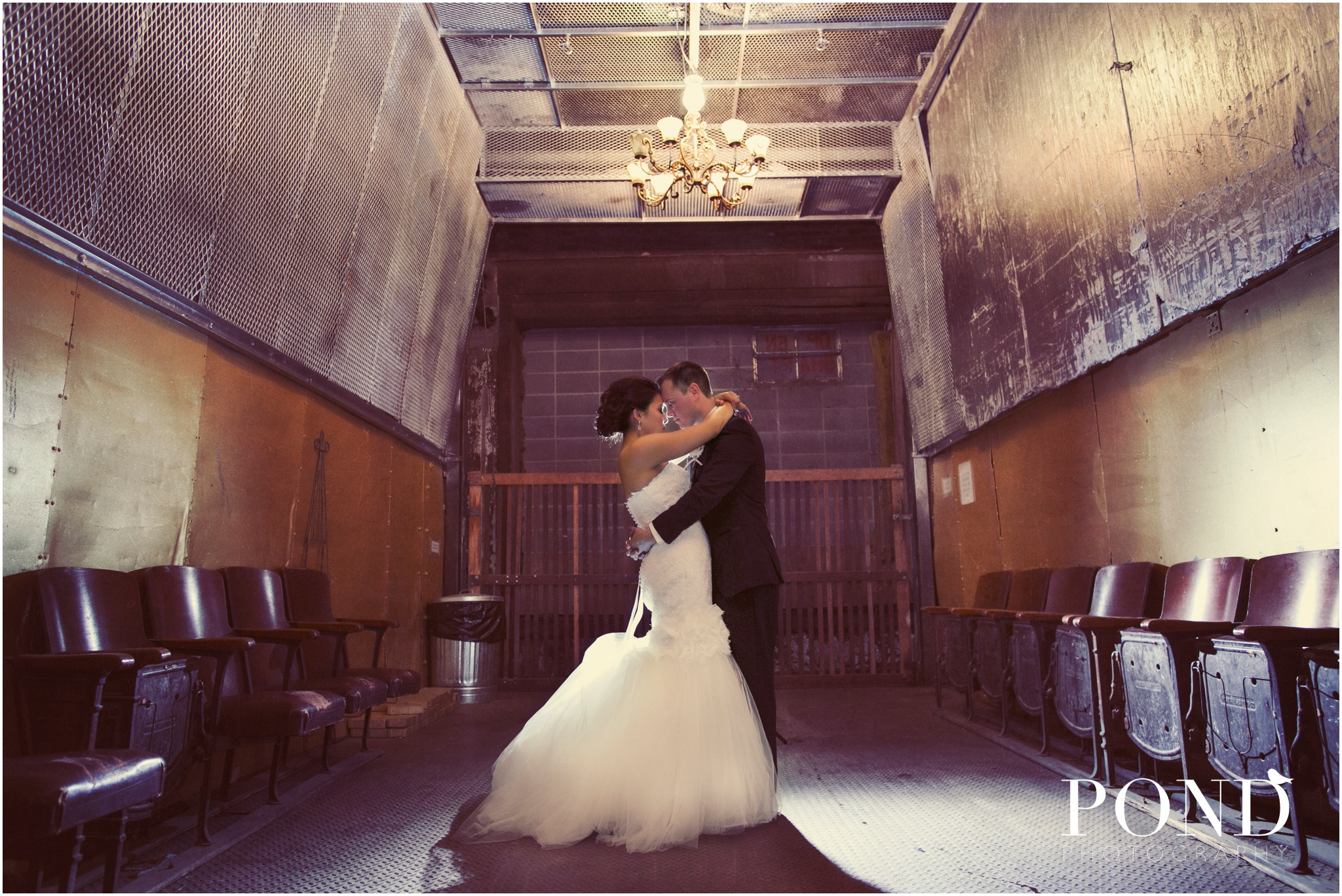RumelyTractorWedding_KansasCity_0027